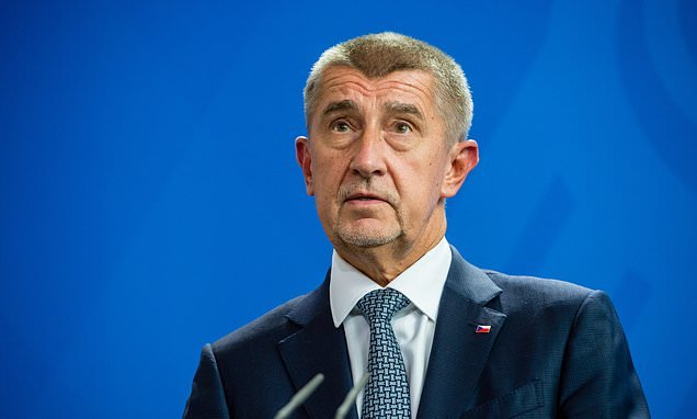 Czech PM may join Hungary, US and Austria by refusing migration pact