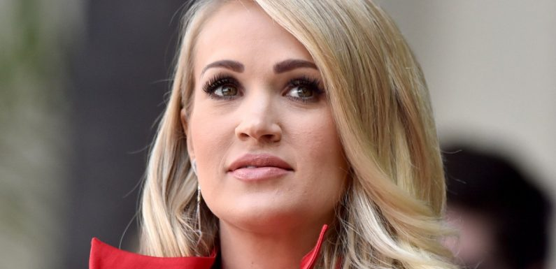 Carrie Underwood Says Singing Was 'Physically Impossible' After Face Injury
