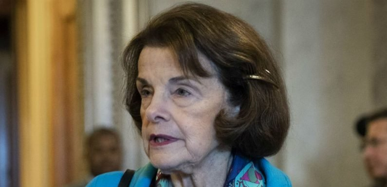Dianne Feinstein Implores Politicians To Vote For Gun Control Bills In Wake Of Thousand Oaks Shooting