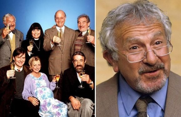 John Bluthal dead at 89 – Vicar of Dibley's Frank Pickle passes away, his agent confirms