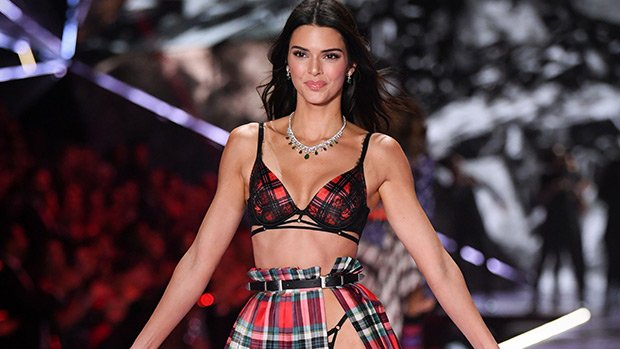 VS Fashion Show 2018 — See Models Like Adriana Lima & Kendall Jenner Strut Down The Runway