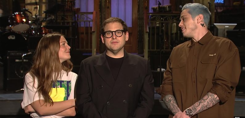 Pete Davidson Proposes to Maggie Rogers on SNL & Pokes Fun at Failed Engagement to Ariana Grande