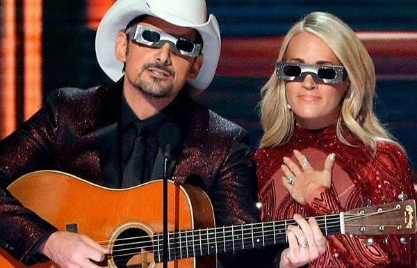 Carrie Underwood and Brad Paisley's Best CMAs Hosting Moments