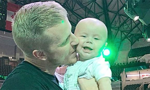 'Bachelor' Star Sean Lowe Begs For Prayers After Son Isaiah, 5 Mos., Is Hospitalized In Intensive Care Unit