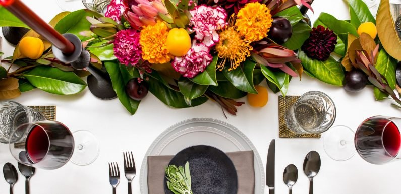 These clever decor tricks will make your Thanksgiving table pop