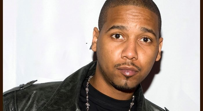 Juelz Santana Proposes To Kimbella At The Apollo