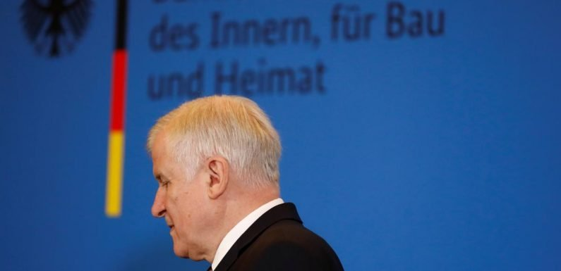 Merkel ally Seehofer has not committed to stepping down as CSU leader -spokesman
