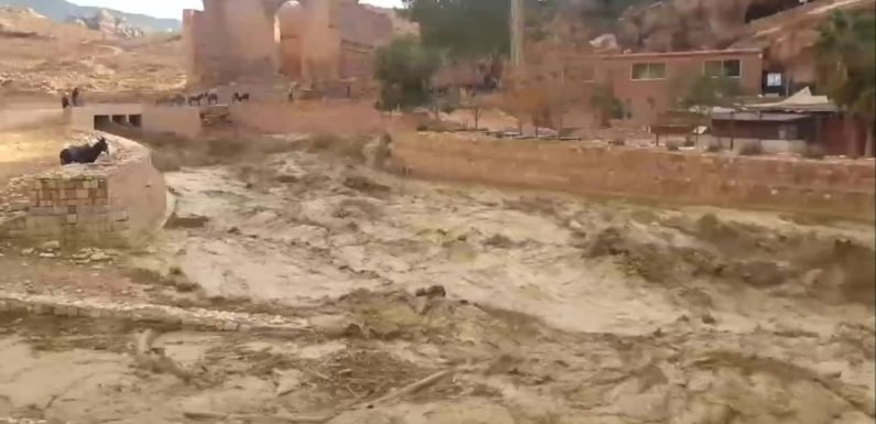 Flash flooding hits historic Jordan city of Petra two weeks after school children die