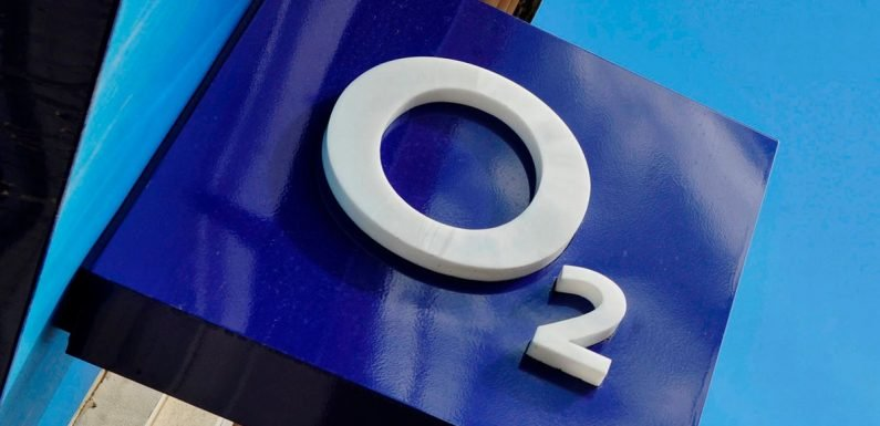 Why is O2 down? Network finally reveals reason for today's UK-wide outage