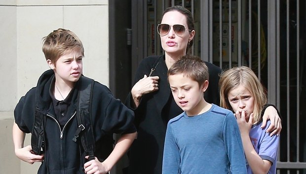 Angelina Jolie All Smiles While Holiday Shopping With Her Kids Shiloh, Knox & Vivienne — See Pics