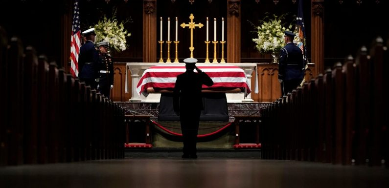 Texans line up overnight to bid farewell to George H.W. Bush before morning service