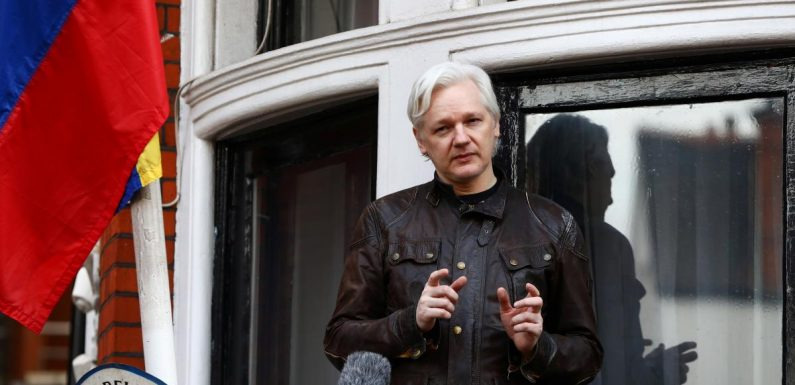 Ecuador's Moreno says Wikileaks' Assange can leave embassy if he wants