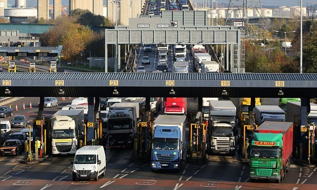 Foreign lorry drivers dodge £1m in fees to use the Dartford Crossing