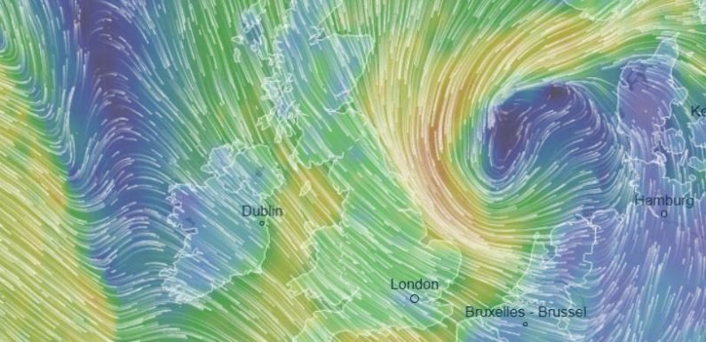 UK weather forecast – Brits to be thrashed with icy 70mph winds and snow today sparking travel chaos