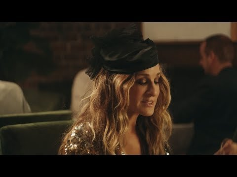 Sarah Jessica Parker Returns To 'Sex And The City' For 2 New Ads! Watch!