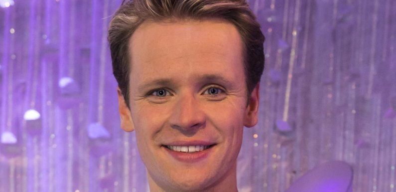 Who is Mark Hanretty? Dancing On Ice 2018 professional skater paired with Donna Air