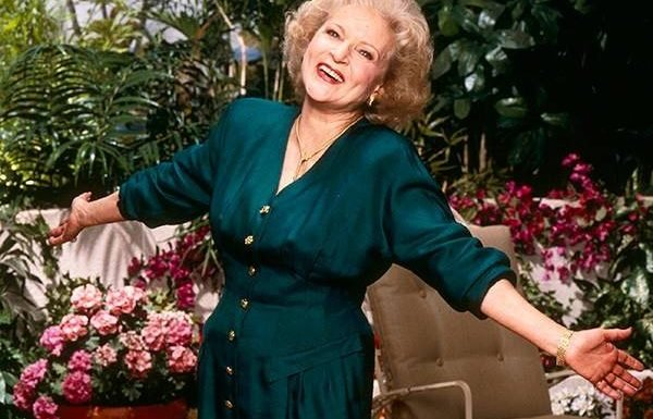 Betty White ''Waiting for Robert Redford to Call'' on 97th Birthday