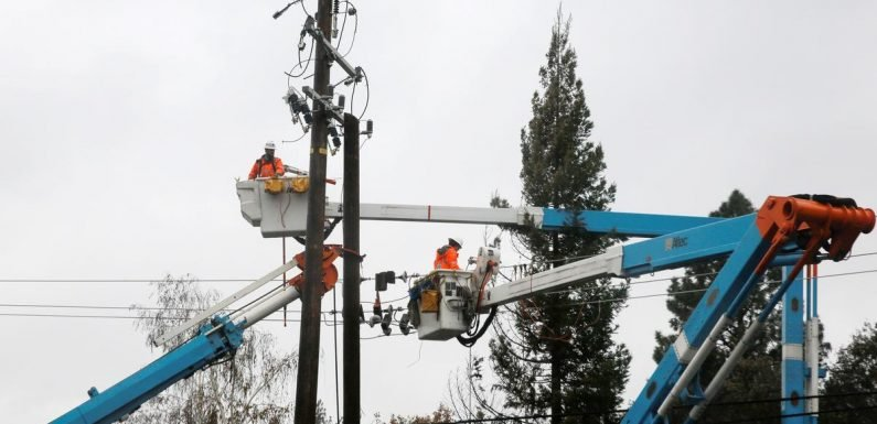PG&E sees cost to comply with judge's wildfire plan at $75 billion-$150 billion