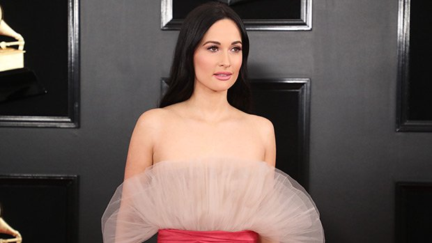 Kacey Musgraves Looks Angelic In Strapless Pink Dress At The 2019 Grammy Awards