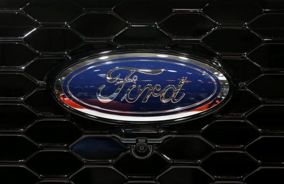 Ford probing possible problems with fuel economy, emissions tests