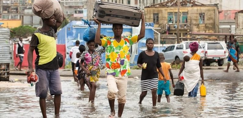 More than 350 dead after cyclone devastates Mozambique, Zimbabwe and Malawi