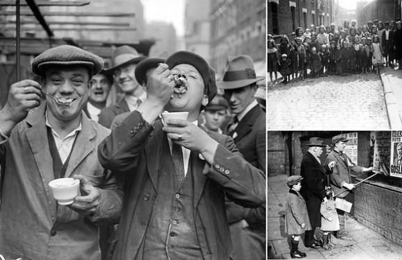 Londoners tuck into their jellied eels in black and white photographs