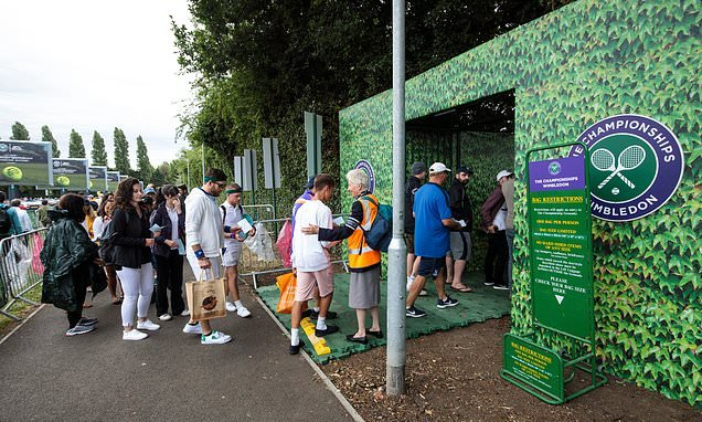 Wimbledon goes digital with online ticket ballot for 2020 tournament