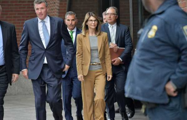 Lori Loughlin Is Pleading Not Guilty In The College Admissions Scam