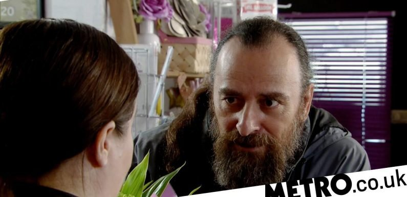 Jan lies about a shocking death in Corrie