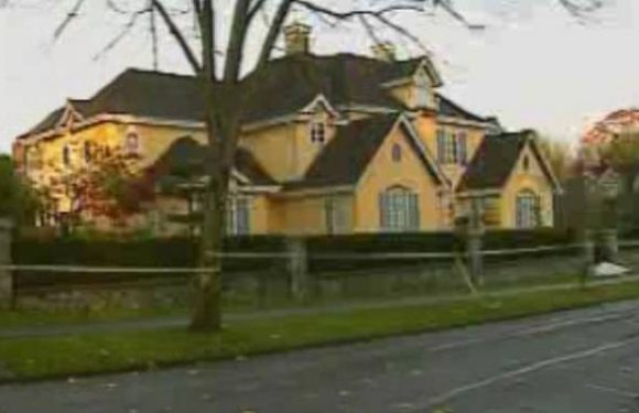 Undisclosed murder at B.C. mansion no grounds to back out of sale, court rules