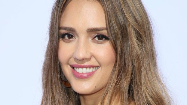 Jessica Alba's Gold Hoops May Look Super Expensive — but They're Actually Less Than $40