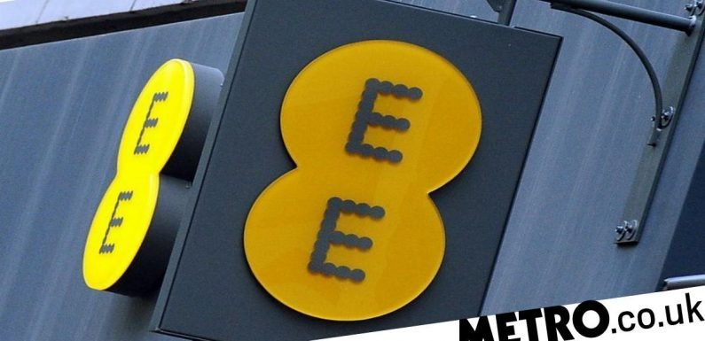 EE switches on the UK's first 5G phone network in six cities