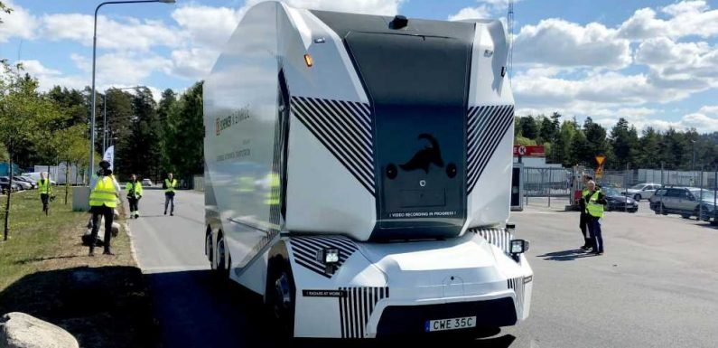 'World first' driverless electric truck makes deliveries in Sweden