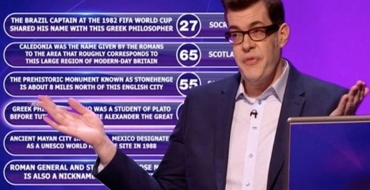 Pointless: Richard Osman called out after viewers spot major question blunder