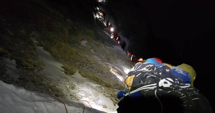 'I knew we were in trouble': Mount Everest tragedy, 'incredible heroism' shared by B.C. climber