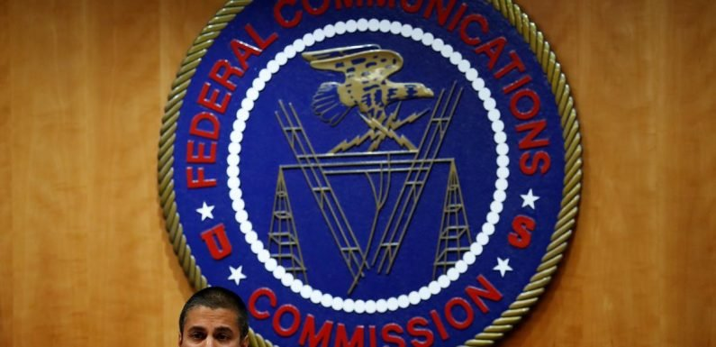 FCC ready to let phone companies use tools to block robocalls