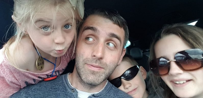 Single dad with just £4.61 killed himself after 3 week wait for Universal Credit