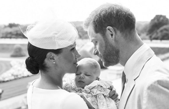 """Prince Harry 'desperate for Archie to have """"care-free"""" upbringing like cousin'"""