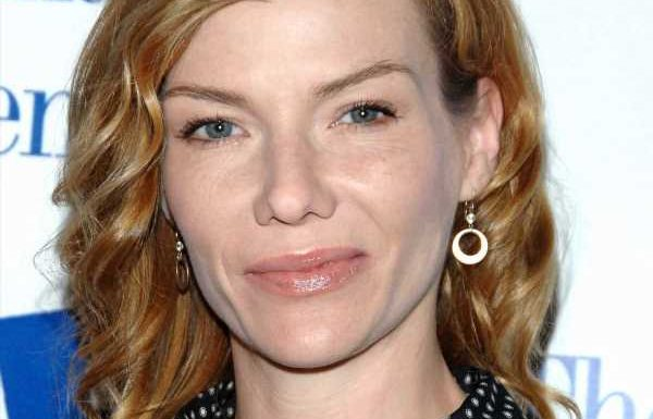 Stephanie Niznik dead at 52 – Everwood and Star Trek actress passes away 'unexpectedly' – The Sun