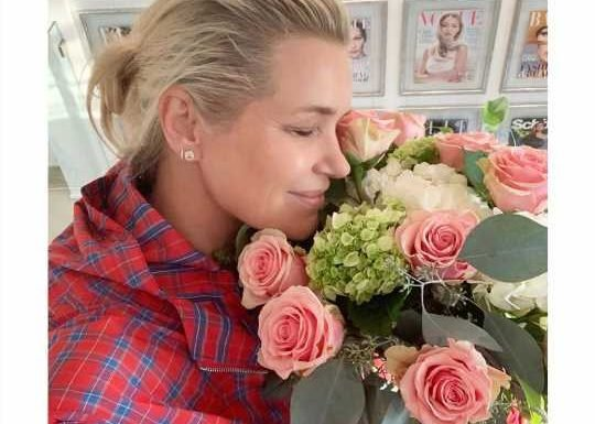 Yolanda Hadid Says She's in a 'New Chapter' Before Sharing Loving Photo of Mystery Man