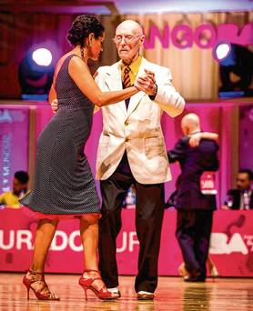 No mean feat: WWII vet James (99) flies the Irish flag at Tango World Cup