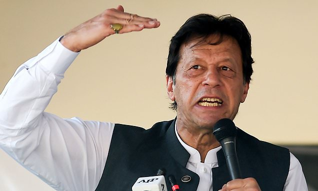 Imran Khan warns he would be willing to use nuclear weapon on India