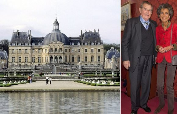 Owners of French palace are robbed of £1.8million