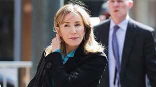 Felicity Huffman Could Get 1 Month Jail Time For College Admissions Scandal Per Court Docs – Report