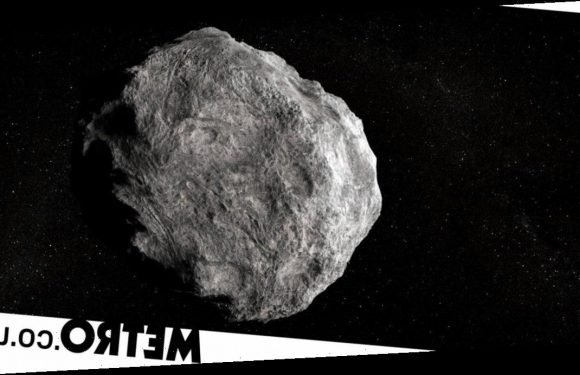 A gigantic asteroid is heading our way and will arrive at Earth just before Xmas