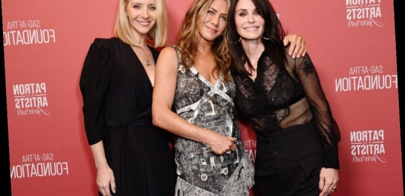 'Friends' Star Jennifer Aniston's Latest Comment Proves Even Celebs Have FOMO