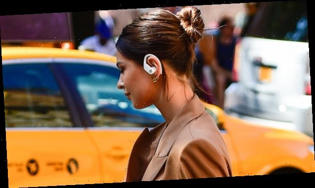 5 Wireless Headphones Celebs Can't Seem to Live Without
