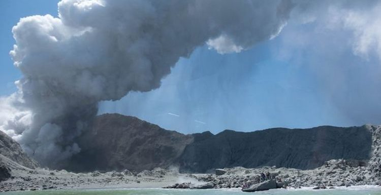 New Zealand volcano: Scientists warned tourists to stay away – but advice was ignored
