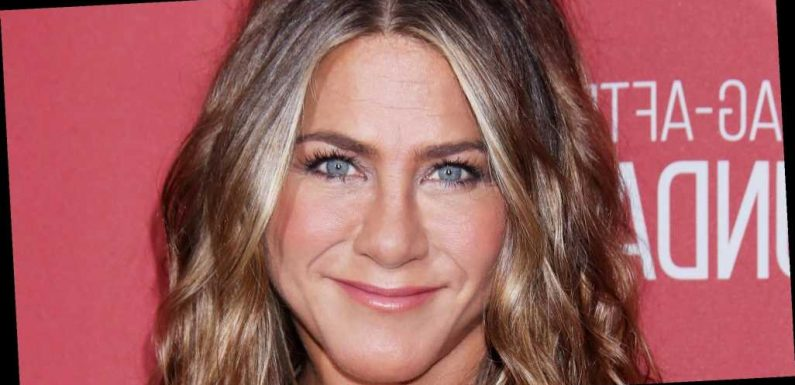 Jennifer Aniston Cleans Out Closet While Social Distancing