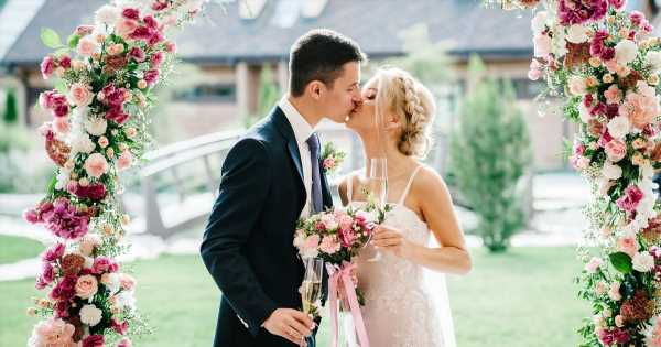 Coronavirus sees only 5 people allowed at weddings – including bride and groom